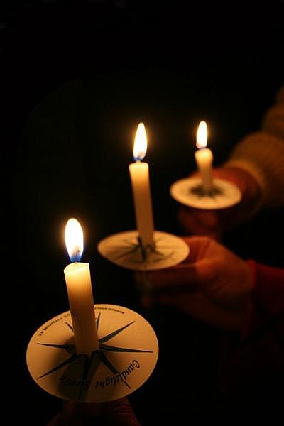 candlelight service Beaumont TX, church service Southeast Texas, Christmas Eve service Groves TX, Christmas Eve service Mid County, Christmas Eve service Port Neches